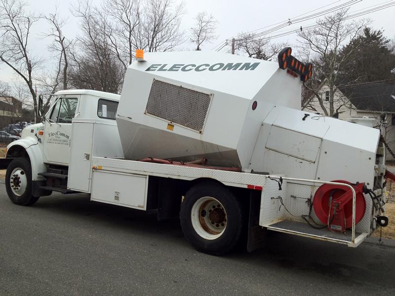 Man Lift Trucks Material Bucket Trucks Digger Derrick